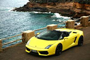Картинки Ламборгини Желтая Роскошная Кабриолет 2009 Gallardo LP560-4 spyder Автомобили