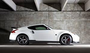 Картинки Nissan Белый Сбоку 2014 370Z Nismo Автомобили