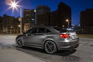 Обои Chrysler Ночью Серая 2013 200 S автомобиль