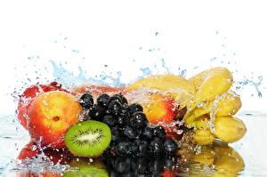 Обои Фрукты Воде Влажные Капельки Продукты питания
