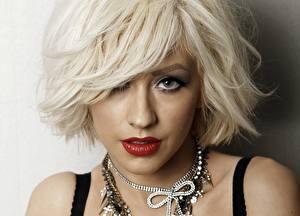 Фотография Christina Aguilera Лицо Блондинка Смотрит Волосы Красные губы Музыка Девушки Знаменитости