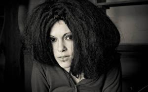 Обои Волосы Смотрит Лицо Дария Ставрович Музыка Девушки