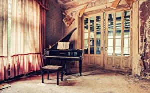 Картинки Интерьер Фортепиано Дверь Занавески Старый
