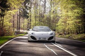 Обои McLaren Дороги Белый Спереди 2013 12C spider Автомобили