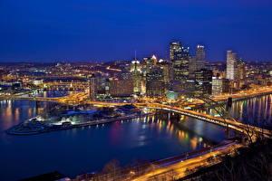 Картинки США Мосты Реки Здания Питтсбург Ночные Сверху Водный канал Пенсильвания город