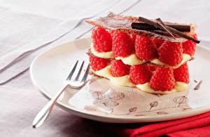 Фотография Фрукты Малина Сладкая еда Вилка столовая Тарелка Пища