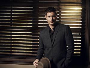 Картинки Jensen Ackles Мужчины Классический костюм Знаменитости