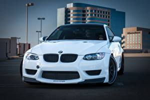 Фотографии BMW Белый Спереди m3 e92 Автомобили