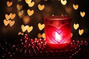 Фото Крупным планом Свечи Пламя День всех влюблённых Сердце Стакан