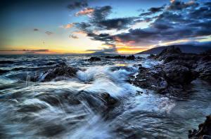 Фотография Побережье Море Небо Рассветы и закаты Америка Океан Гавайи Облачно С брызгами Природа