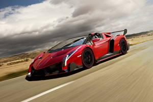 Картинка Lamborghini Красный Роскошные Облака Родстер 2013 Veneno roadster