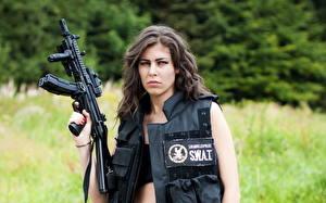 Обои Автомат Винтовка Полицейские swat девушка Армия