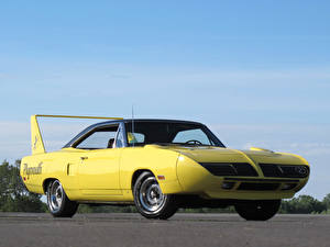 Фото Plymouth Желтый Road Runner Superbird 1970 Машины