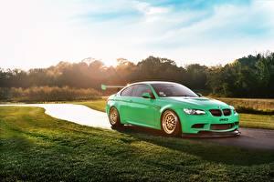 Обои BMW Зеленый M3 Автомобили