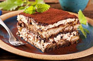 Фотографии Сладкая еда Торты Шоколад Вилка столовая Еда