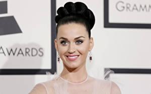 Обои Katy Perry Лицо Улыбка Серьги Брюнетка Музыка Знаменитости Девушки фото