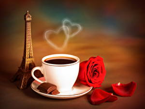 Картинки Напитки Кофе Розы Шоколад Чашка Эйфелева башня Пар Пища Цветы