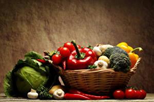 Фотографии Овощи Капуста Перец Чеснок Грибы Томаты Корзина Пища