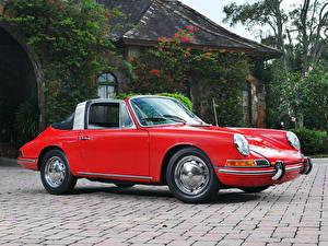 Картинки Porsche Ретро Дома Красный Сбоку 1966 911 S Targa авто