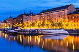 Фотографии Финляндия Здания Река Яхта Хельсинки Ночные город