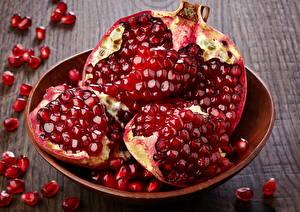 Фото Фрукты Гранат Зерна Красный Продукты питания