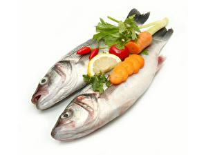 Обои Морепродукты Рыбы Морковь Лимоны Перец