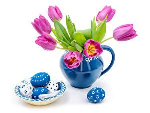Картинка Праздники Пасха Тюльпан Яиц Вазе Тарелке Цветы