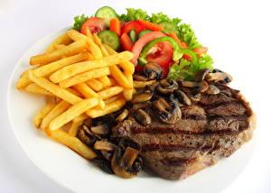 Фотография Мясные продукты Картофель фри Томаты Грибы
