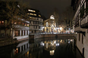 Обои Франция Дома Страсбург Водный канал Ночь