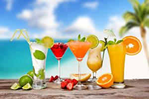 Картинки Напитки Коктейль Фрукты Апельсин Клубника Лайм Бокалы Еда