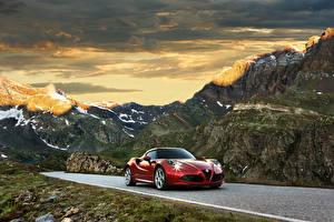 Фотография Alfa Romeo Дороги Гора Красные 2014 4C Автомобили Природа