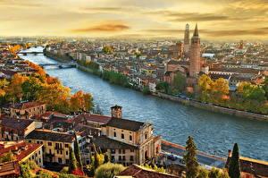 Картинка Италия Здания Реки Сверху Города