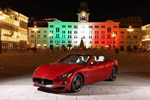 Фото Мазерати Здания Красных Кабриолет Ночь Металлик 2011 GranCabrio Sport Автомобили