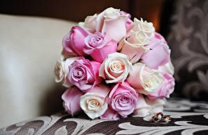 Картинка Букеты Роза Праздники Кольца цветок