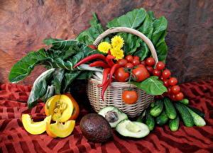 Фотография Овощи Томаты Тыква Перец Огурцы Корзина Пища
