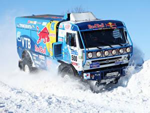 Картинка Грузовики KAMAZ Снег Автомобили