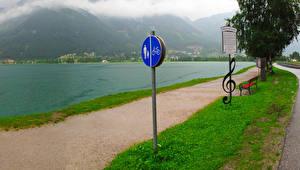 Картинки Австрия Речка Скамья Eben am Achensee город