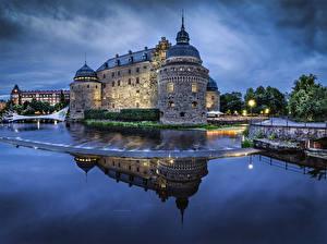 Картинки Швеция Замки Речка Ночью Orebro