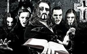 Фото Мужчины Книга Powerwolf, Heavy Metal