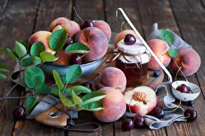 Обои Фрукты Персики Вишня Банка Продукты питания