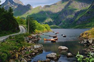 Фото Норвегия Горы Озеро Дороги Лодки Камни Пейзаж Nordland Fylke Природа