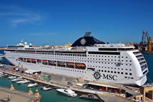 Фото Корабли Круизный лайнер Пирсы MSC Lirica