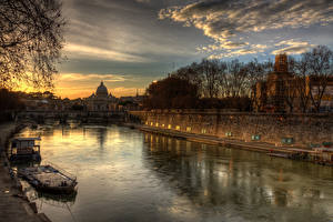 Фото Италия Реки Рассветы и закаты Мосты Roma Города