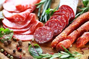 Фото Мясные продукты Специи Колбаса
