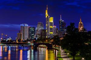 Фото Германия Дома Реки Мосты Франкфурт-на-Майне Ночные