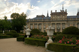 Обои Испания Дворца Кустов Royal Palace  La Granja Города