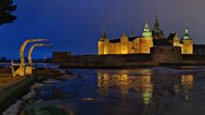 Фотографии Швеция Замок Реки В ночи Kalmar