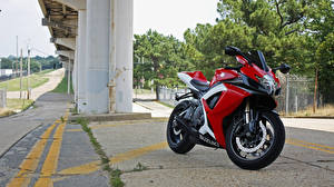 Обои Suzuki Спортбайк gsx-r600 Мотоциклы фото