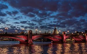 Фотографии Великобритания Реки Мосты Лондон Ночью Уличные фонари