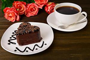Обои Сладкая еда Пирожное Кофе Розы Чашка Тарелке Ложка Еда